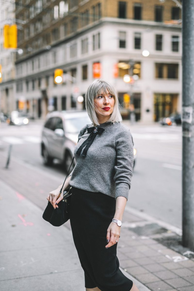 winter coat bow sweater street style (14 of 14)
