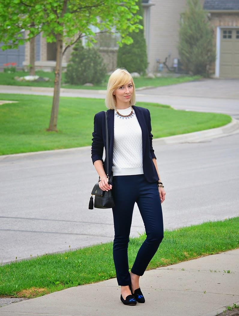 White & Navy - dressing for the office. - Stripes and Vibes