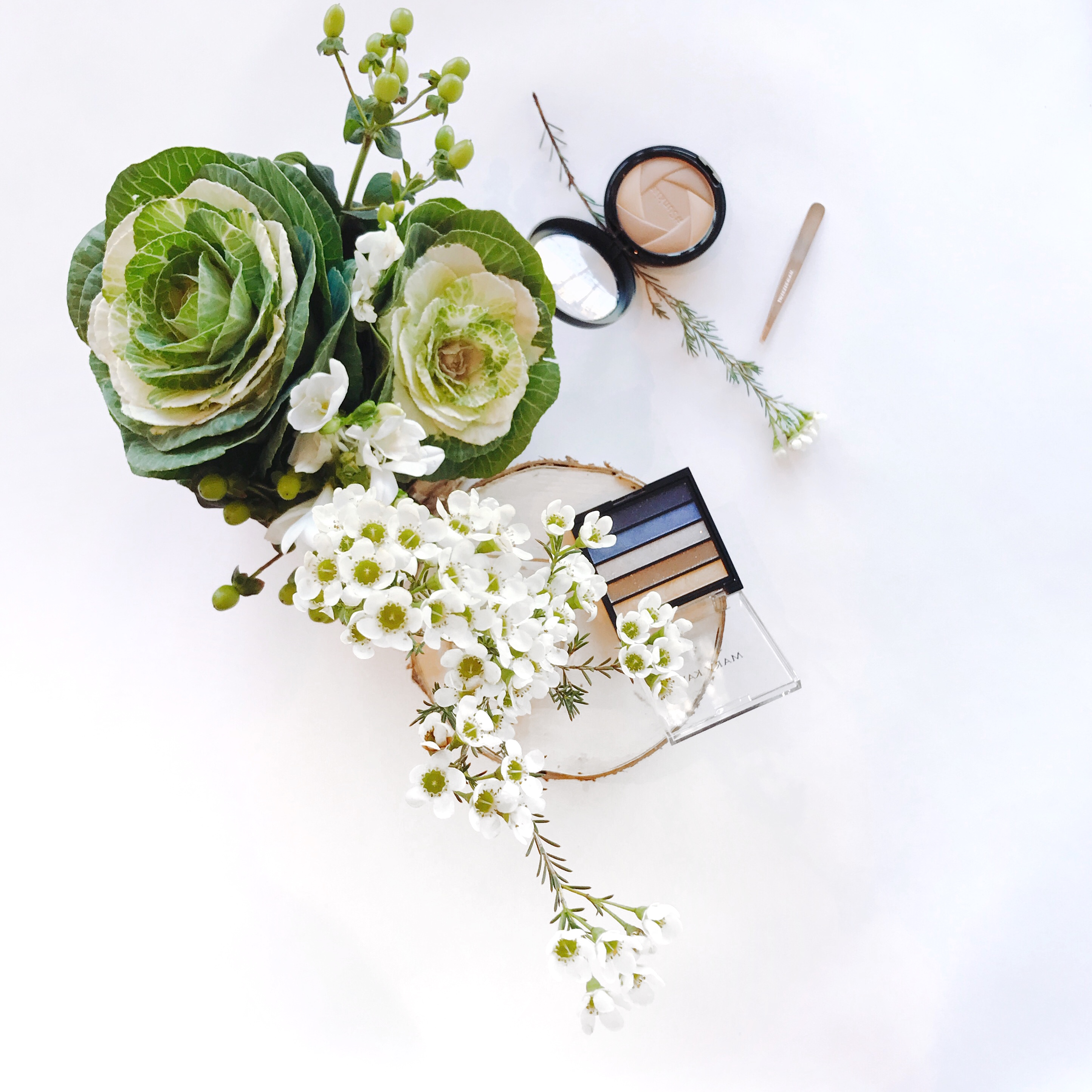 flowers & product flatlay highlights