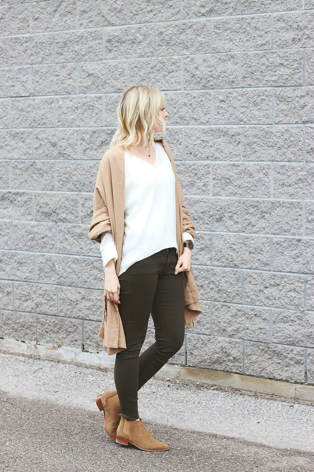 bow back sweater & beige scarf