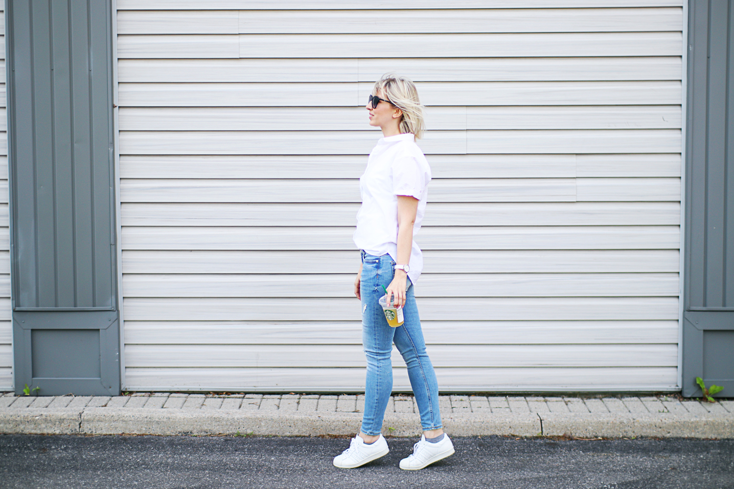 casual white shirt style 4