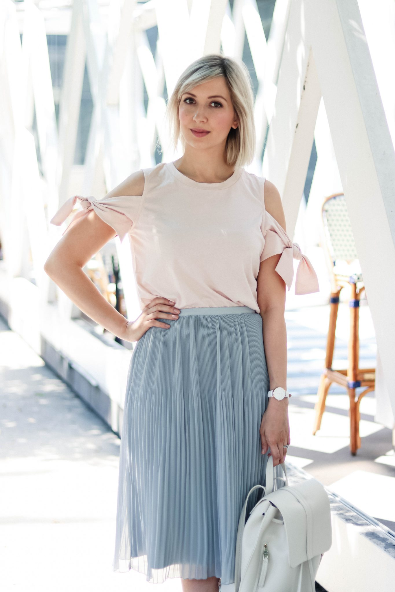pleated skirt style