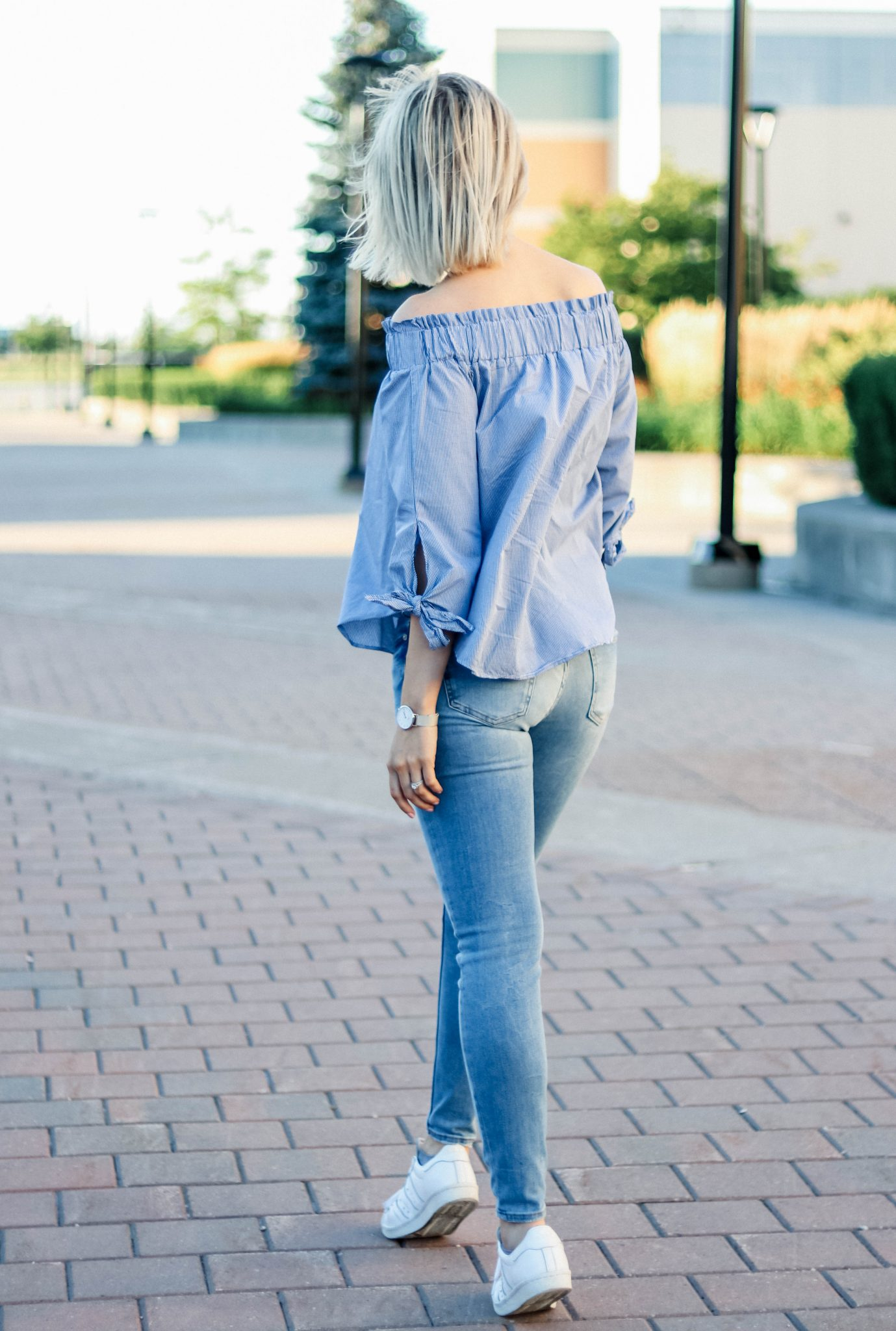 off the shoulder top & skiny jeans 2