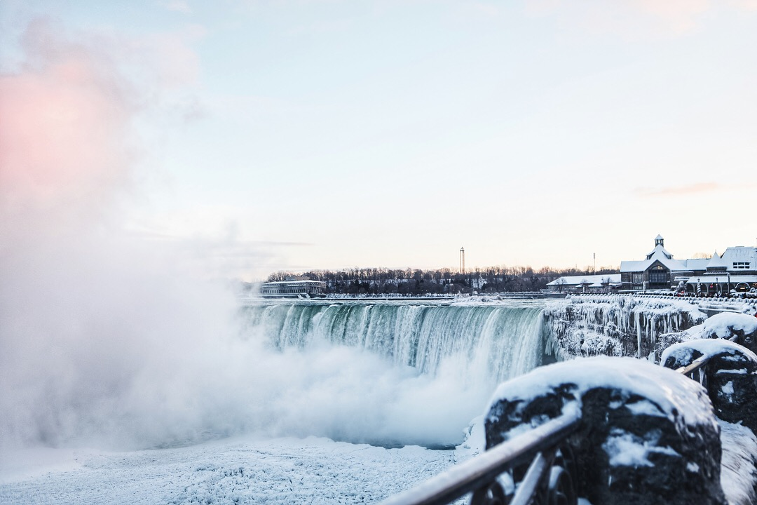 frozen Niagara Falls winter 2018 2