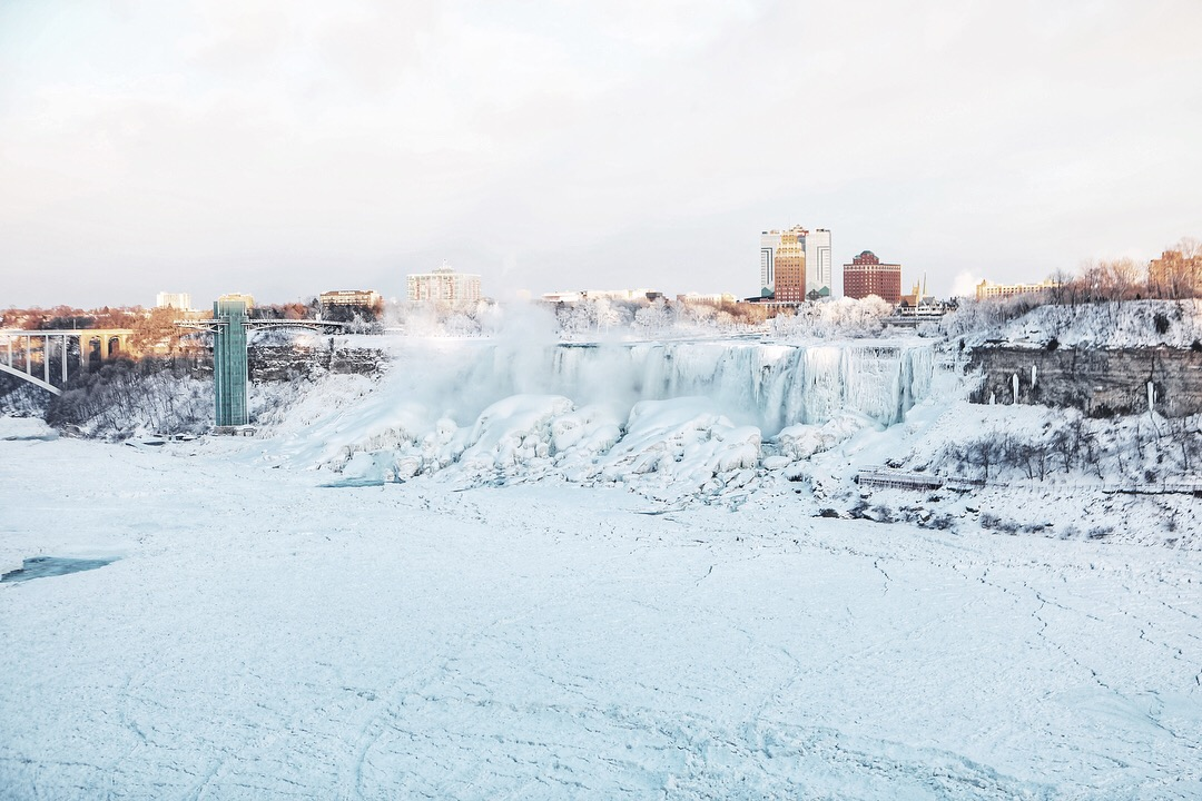 frozen Niagara Falls winter 2018 4