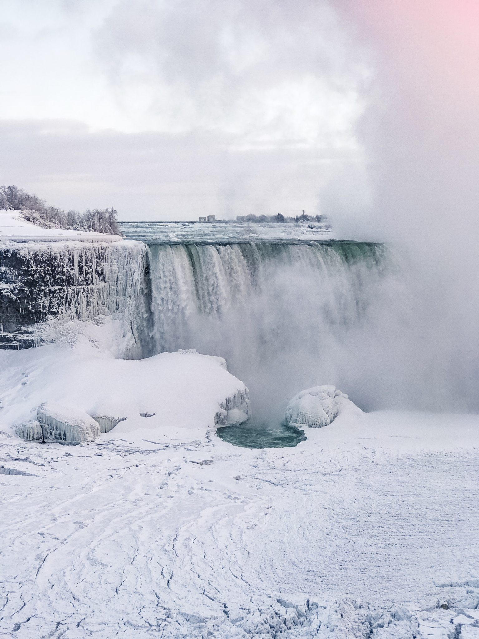 frozen Niagara Falls winter 2018