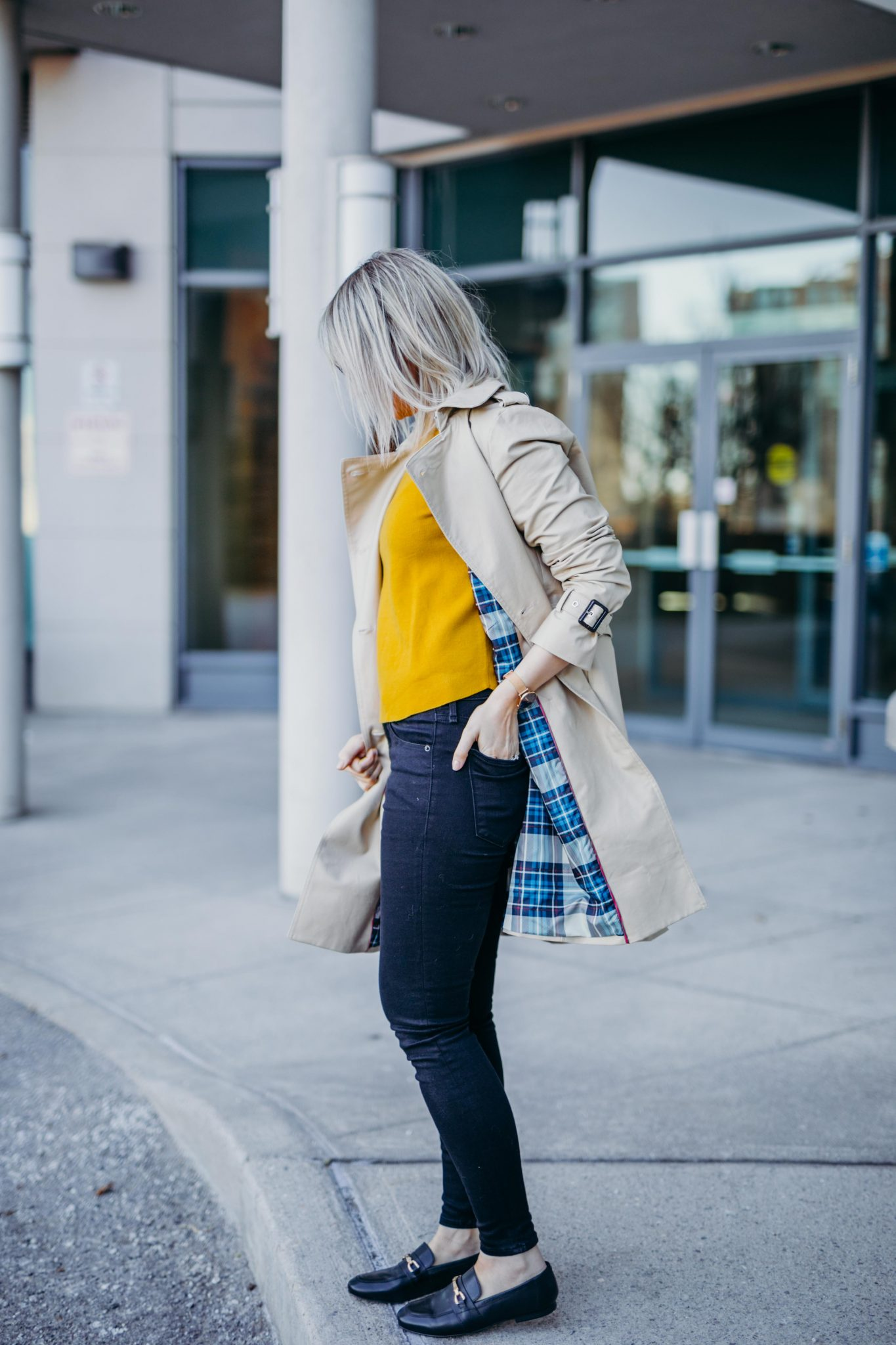 How To Style A Trench Coat For Spring 2
