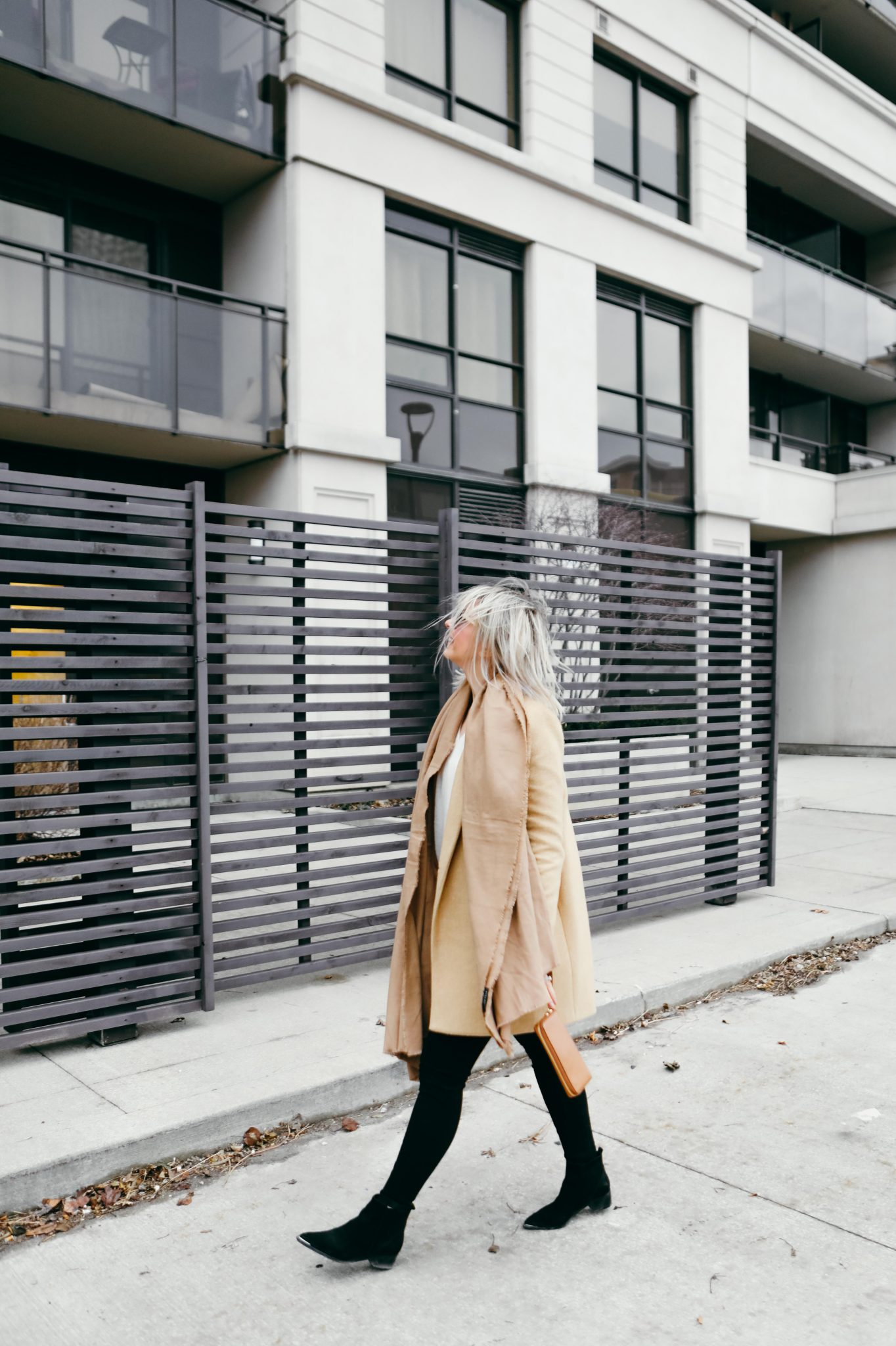 brown coat and long scarf street style (8 of 9)