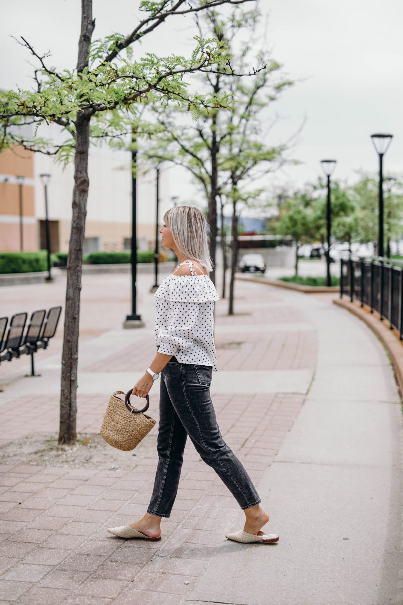 high waisted jeans summer style 6