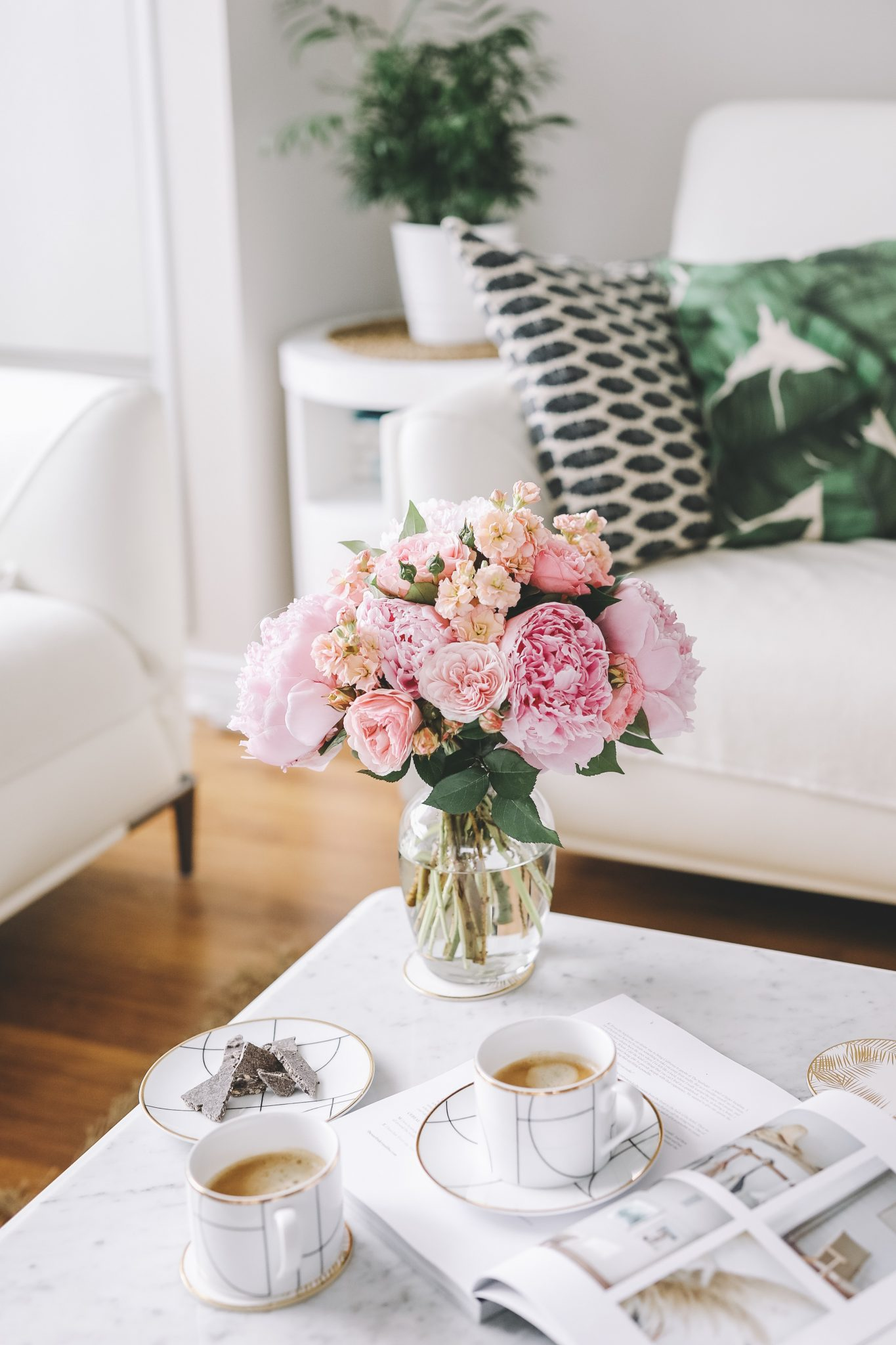 stripesnvibes garden roses and peonies
