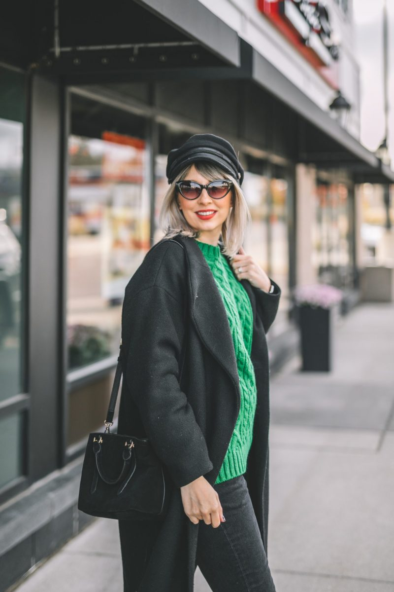 oversize coat, green knitted sweater, baker boy hat style 3