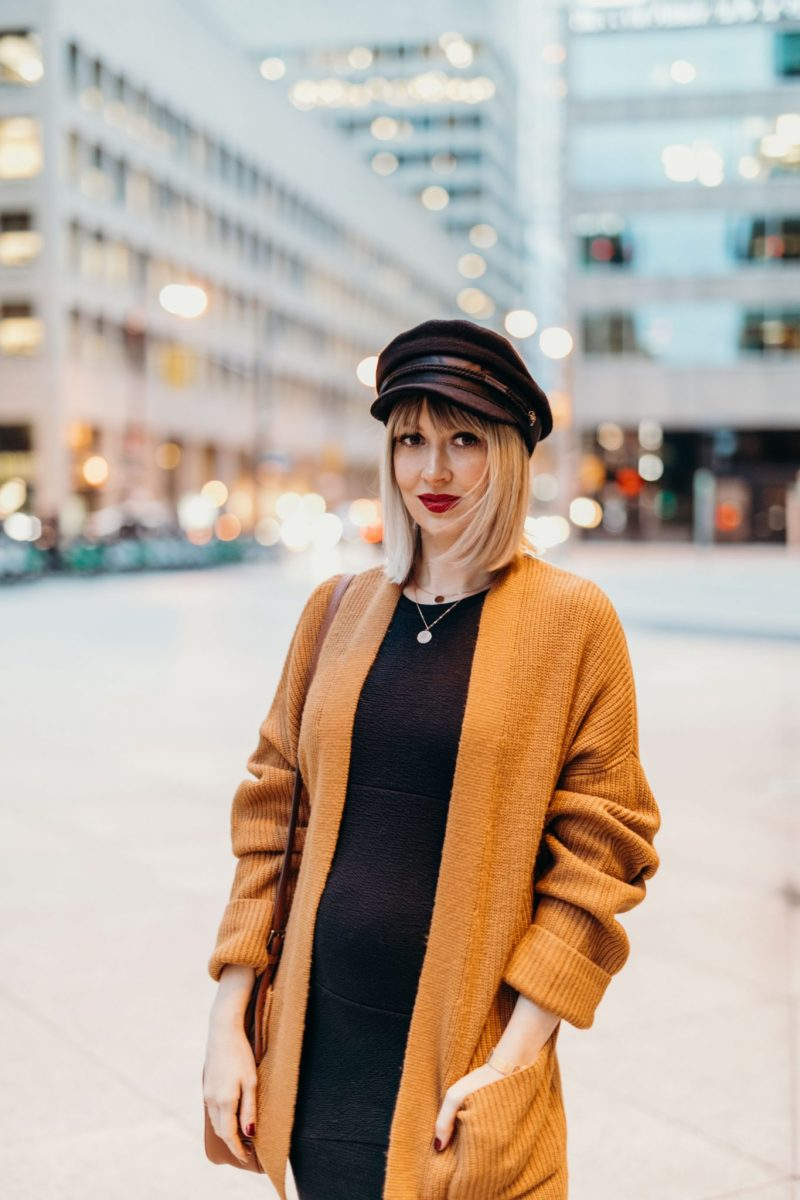 Rusty orange cardigan & black maternity dress (7 of 14)