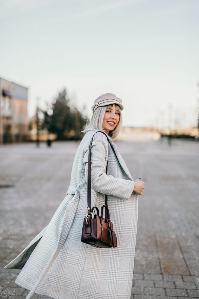 Winter Pregnancy Outfit wool coat & knit dress 6