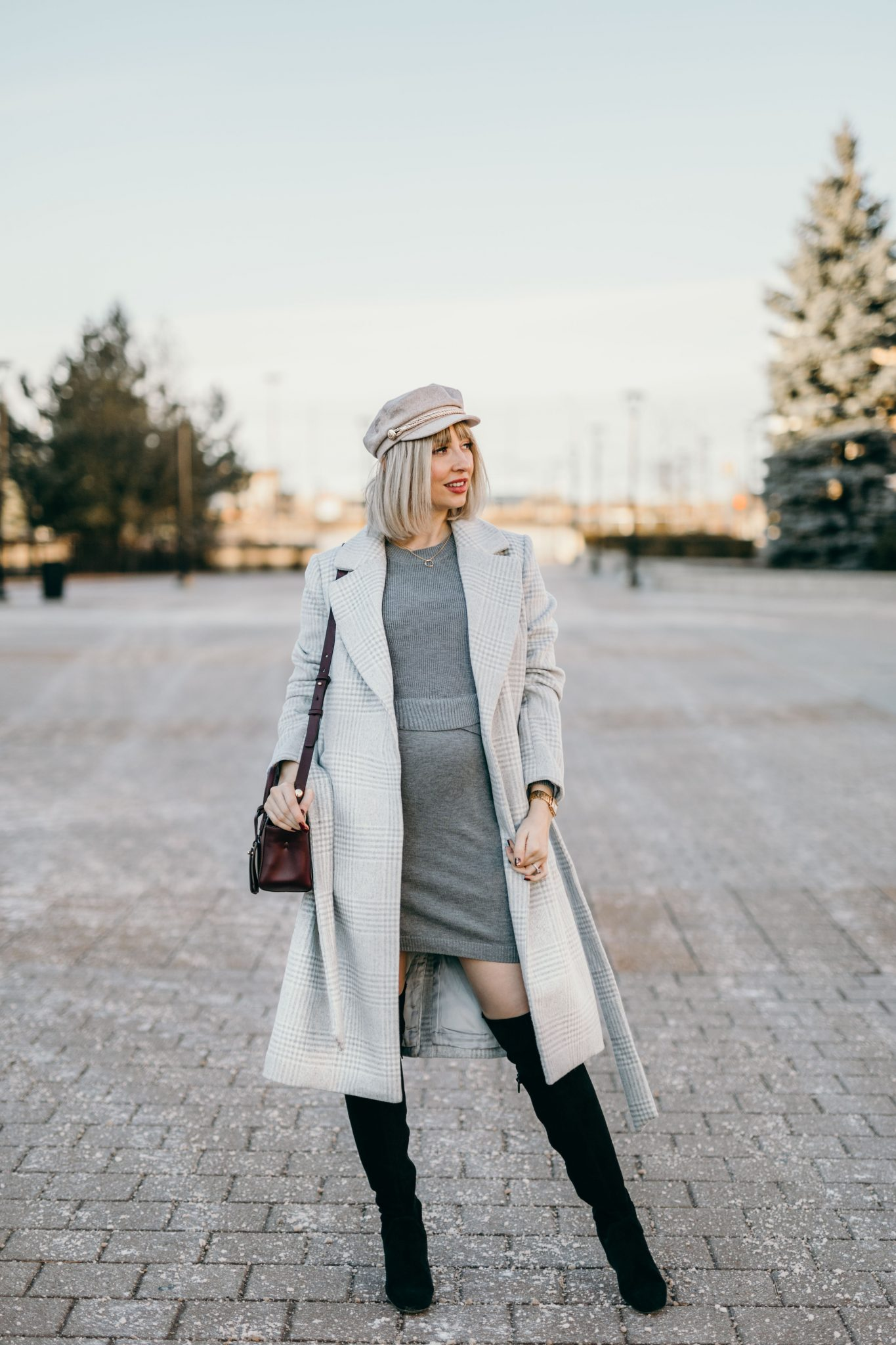 Winter Pregnancy Outfit wool coat & knit dress 2