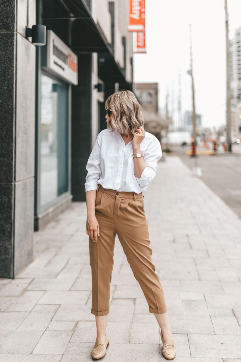 white blouse & cotton pants neutral street style (4 of 10)