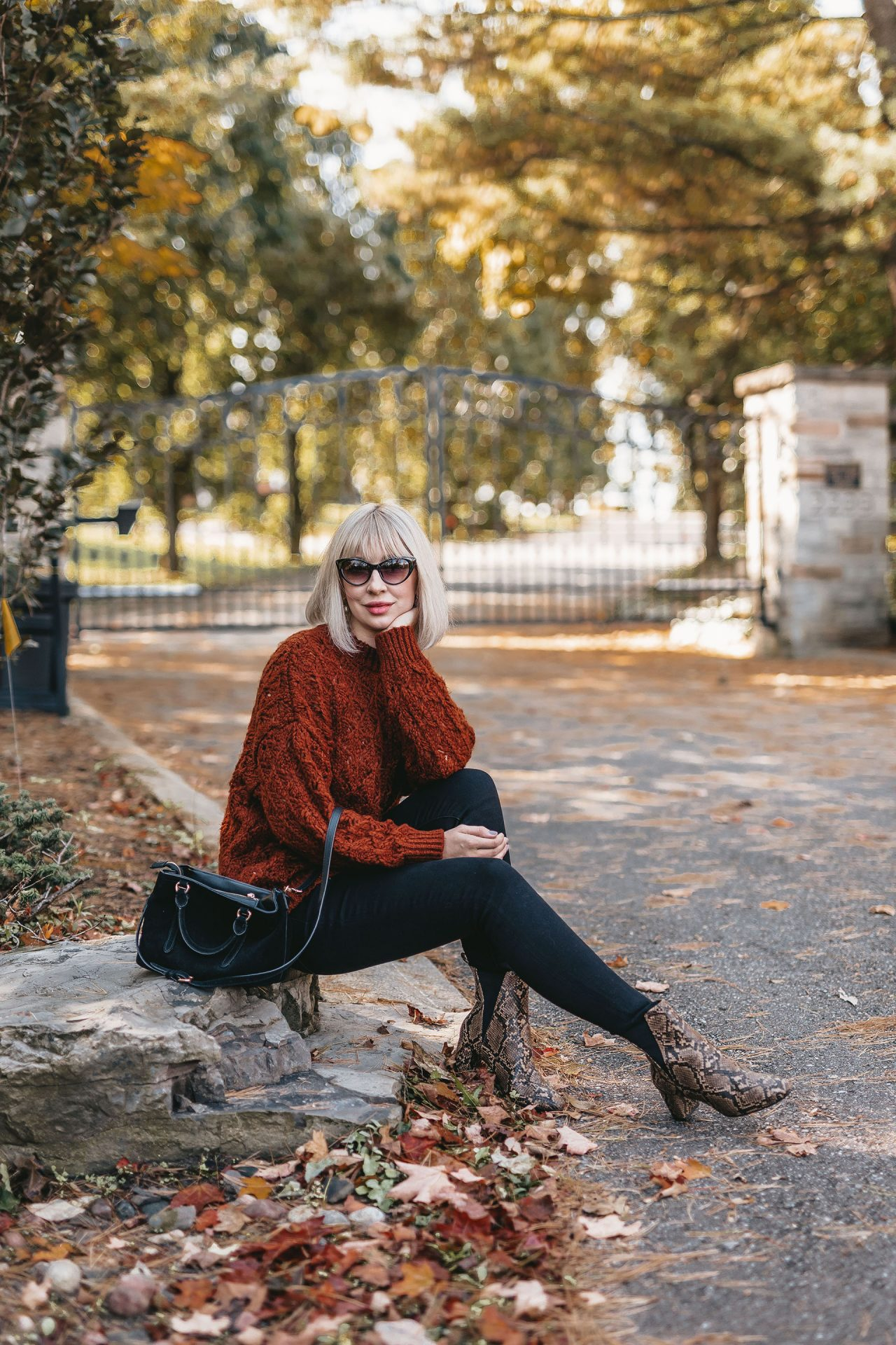 knit sweater & snake boots 3